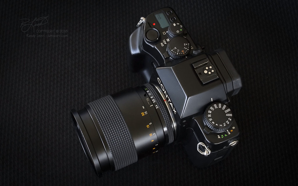 Contax RX w/ Carl Zeiss T* Vario-Sonnar 35-70mm f/3.4 MMJ